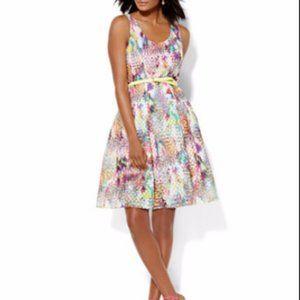 NY & CO MULTI-COLOR HONEYCOMB MESH DRESS 18